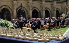 La Fundación VIII Centenario homenajea a los que la hacen posible