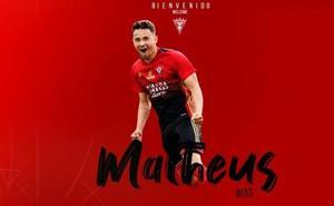 Matheus volverá a jugar en el Mirandés cedido otra temporada