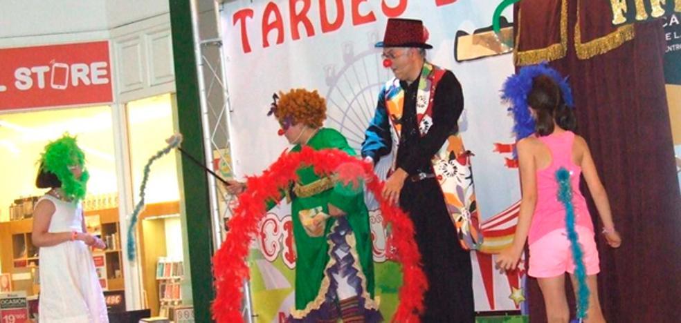 La Mueca Teatro presenta este miércoles 'Fifi y Cosquilla. El circo de Pacotilla', en el MEH