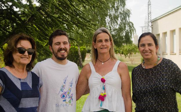 El burgalés Orestes Barbero, participante de 'Pasapalabra', visita Autismo Burgos