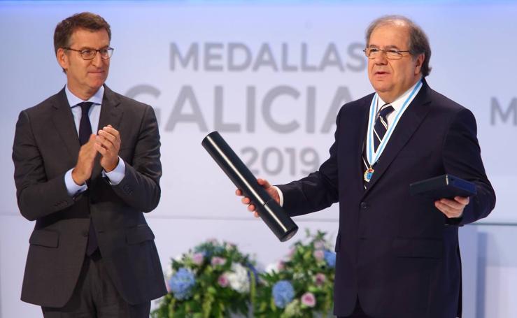 Juan Vicente Herrera recibe la Medalla de Oro de Galicia