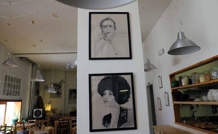 Imágenes de los retratos de mujeres de Alicia Calle en Masala Natural