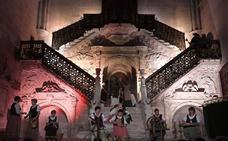 Las tallas de la Escalera Dorada de la Catedral de Burgos cobran vida