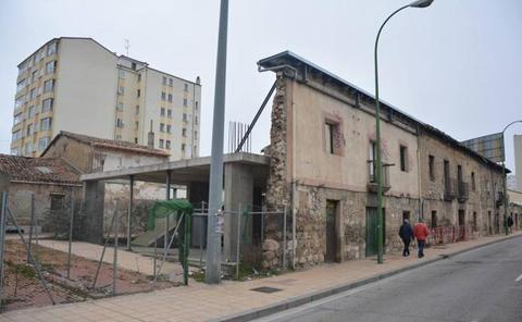 Lacalle reclama a De la Rosa mantener los proyectos del Centro de Recepción de Pergrinos y el Centro Cidiano
