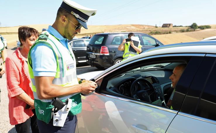 La campaña de tráfico 'Safe Holidays' facilitará a los conductores portugueses el tránsito por la provincia