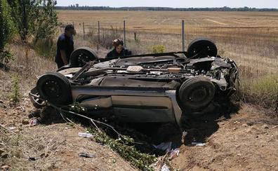 Cinco heridos, entre ellos tres niños, en un accidente a la altura de Osorno (Palencia)