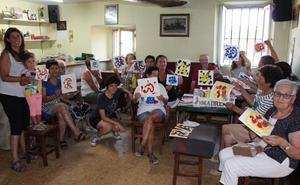 'Los mayores saben', socializan y aprenden con talleres del CEDER en Las Merindades