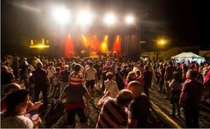 El Festival Pollogómez Folk celebra su décima edición apostando por el 'orgullo de la identidad rural'