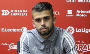 Andrés García: «Jugar la Liga Smartbank es un paso más en mi carrera»