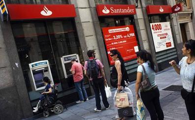 El ritmo de cierre de oficinas bancarias duplica al de los despidos en lo que va de año