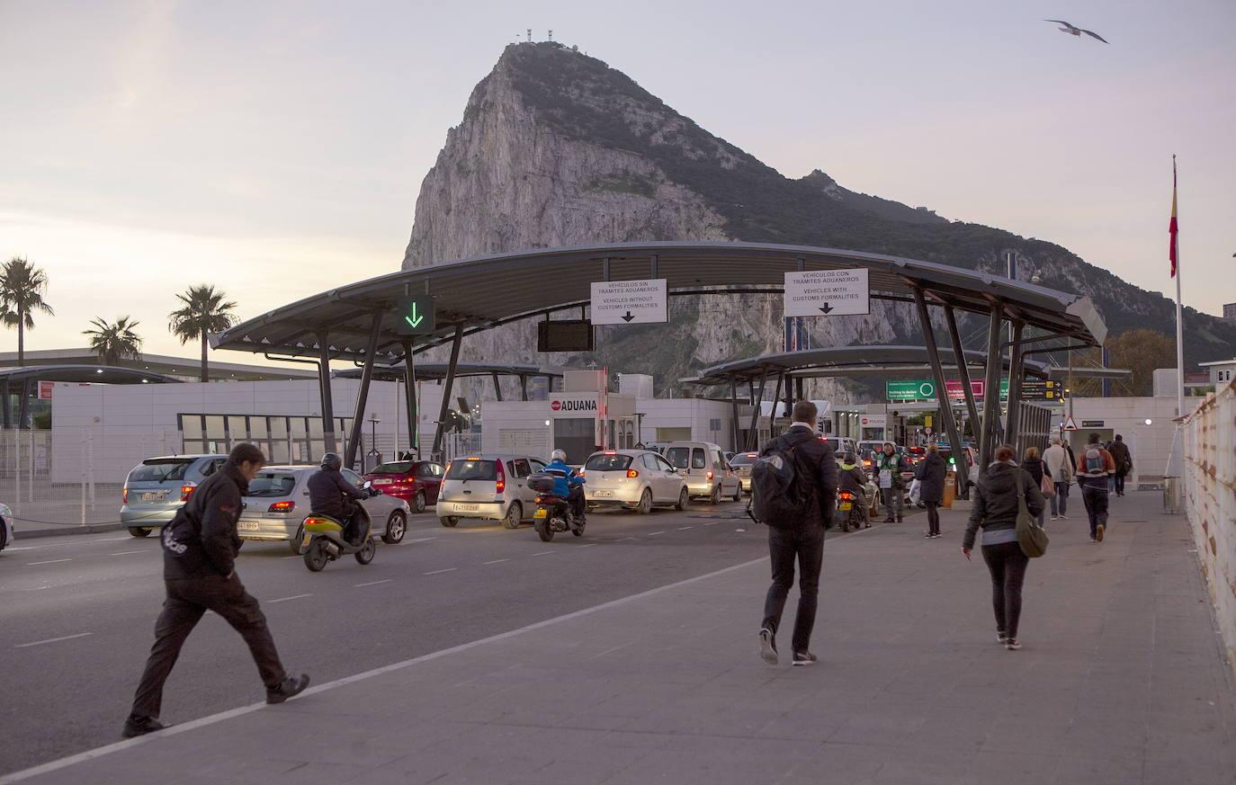 Vox plantea cerrar la Verja de Gibraltar tras el 'brexit' para forzar a Reino Unido a negociar