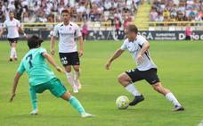 El Burgos CF - Real Madrid Castilla, en imágenes