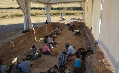 El CENIEH codirige la tercera campaña de excavación en el yacimiento achelense de Albalá