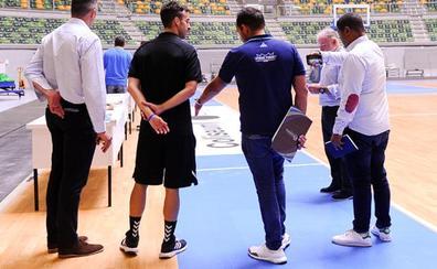 Una delegación de la Basketball Champions League visita el Coliseum