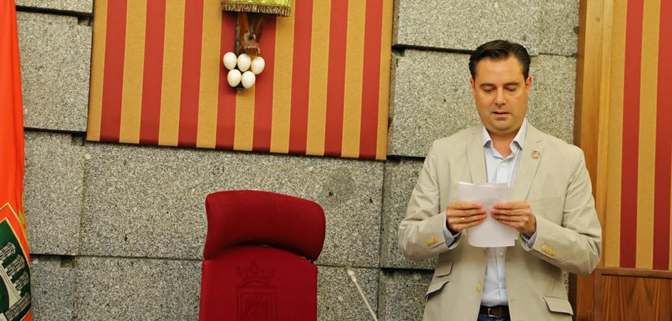 El alcalde confirma que no impulsarán subidas de impuestos por falta de apoyo de la oposición