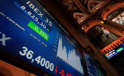 El Ibex-35 cierra a las puertas de los 9.000 con los bancos disparados