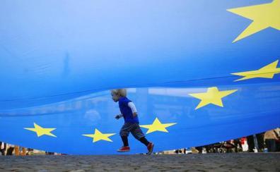 La deriva del 'brexit' tensa la política en Belfast y Edimburgo