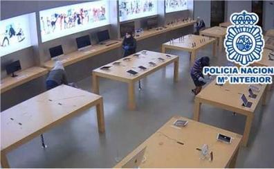 Detenidos 20 aluniceros por desvalijar 32 tiendas de telefonía en ciudades de toda España, Burgos y Miranda entre ellas