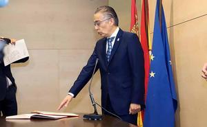 Roberto Saiz toma posesión del cargo de delegado territorial en Burgos con el encargo de lograr «una administración más cercana»