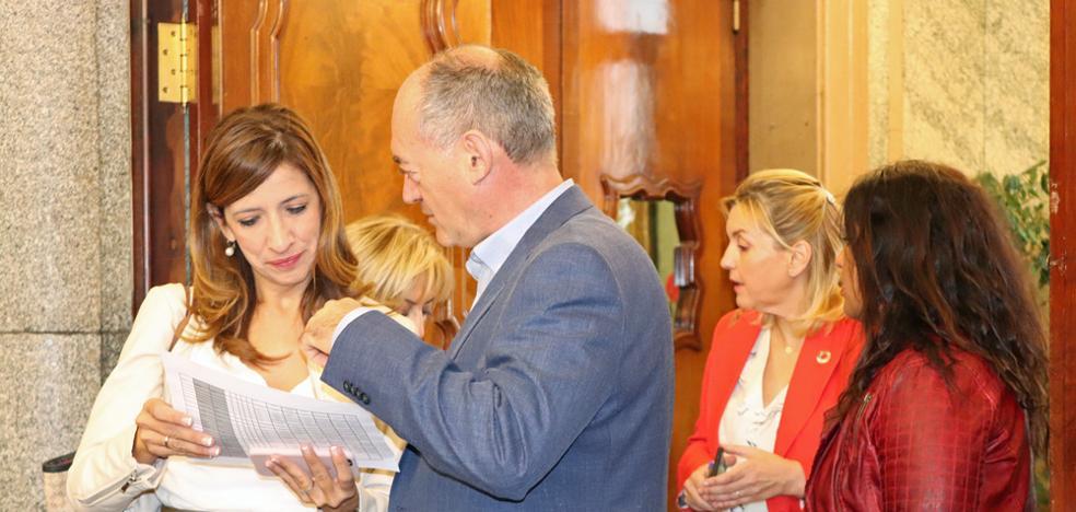 Barrio solicita un informe al secretario general para clarificar su delegación de competencias en el IMC