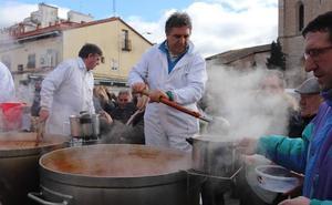 El PSOE revisará las bases de las ayudas a las fiestas de los barrios, apostando por un modelo mixto de organización