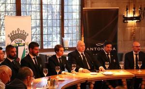 La sastrería burebana Antonaga viste al cuerpo técnico y a la directiva del Burgos CF