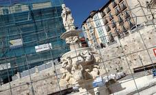 La fuente de la plaza Santa María ya luce restaurada
