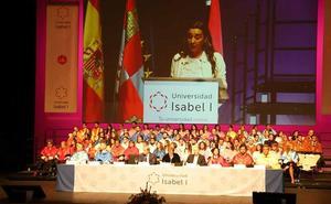 La Universidad Isabel I celebra su tercera Graduación con una tasa de abandono inferior a la media de universidades españolas