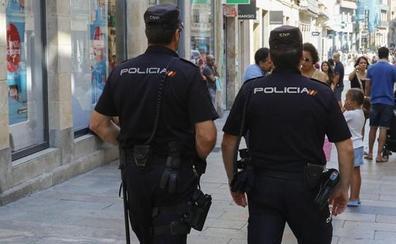 Arrestan a dos jóvenes al acceder con violencia en un local de Gamonal