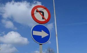 La Junta aprueba la reposición de señales en diez carreteras de la provincia