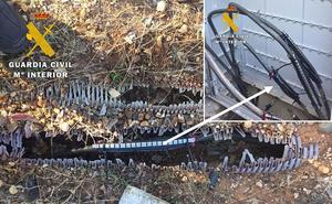 La Guardia Civil detiene a dos personas por el robo de material eléctrico y metálico