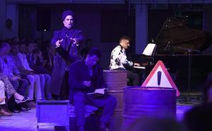 Burgos acoge en un pase único la versión Ópera Garage de 'La Bohème' , dirigida por Emiliano Suárez