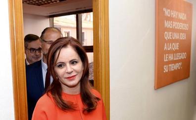 Silvia Clemente se ofrece a Albert Rivera para volver a la política el 10-N
