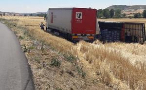 Aparecen grietas y fallos de seguridad en la carretera que une Estépar y Villanueva de Argaño un año después de su arreglo