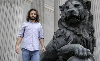 Una jueza obliga a Podemos a readmitir al exdiputado por Burgos Miguel Vila, despedido por no ser 'pablista'