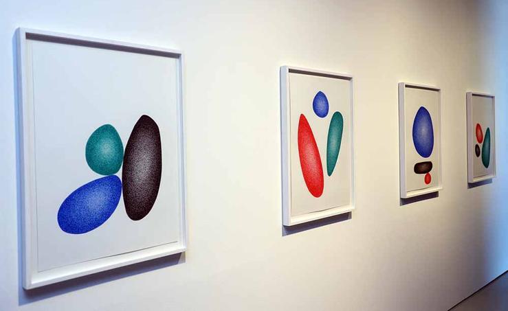 Imágenes de la exposición colectiva de dibujo contemporáneo 'Drawing Positions'