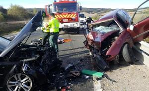 Tres heridos en una colisión frontal en Villafranca Montes de Oca