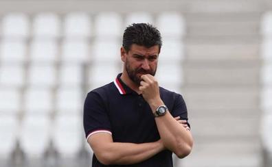 Fernando Estévez, cesado