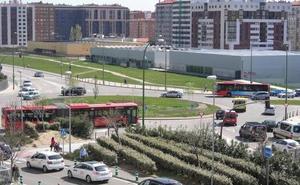 PCAS reclama incluir una parada en la puerta principal del HUBU en el nuevo mapa de autobuses urbanos