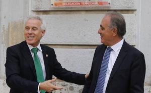 El burgalés Luis Domingo González sustituye al director general que dimitió por plagio en la Junta