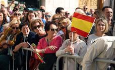 Cientos de burgaleses arropan a la Guardia Civil en la festividad de la Virgen del Pilar