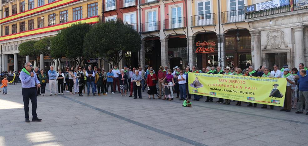 Cien sábados pidiendo la reapertura del Tren Directo Madrid - Aranda - Burgos
