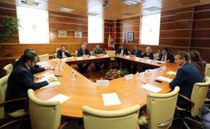 PSOE y Podemos chocan de nuevo con PP y Cs por la reforma de la Sanidad en Castilla y León