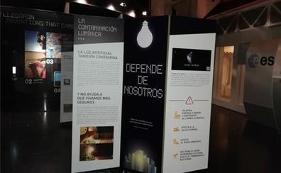 El convento de Santa Ana, en Villasana de Mena, acoge una muestra sobre la contaminación lumínica