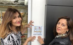 El Centro Comercial Camino de la Plata instala pictogramas para que personas con autismo identifiquen mejor los espacios