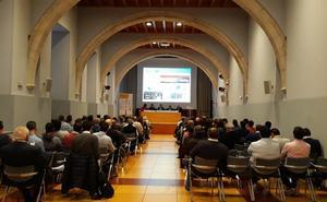 Más de un centenar de personas acuden al curso 'Autogeneración y autoconsumo energético', organizado por Sodebur