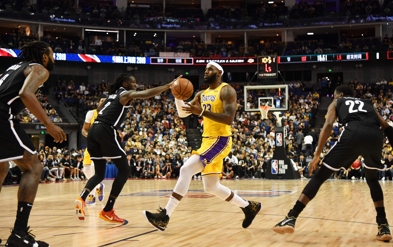 La televisión china augura un «castigo» para el comisionado de la NBA