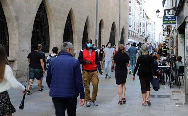 La quinta ola sigue imparable en Burgos, que notifica 500 nuevos positivos